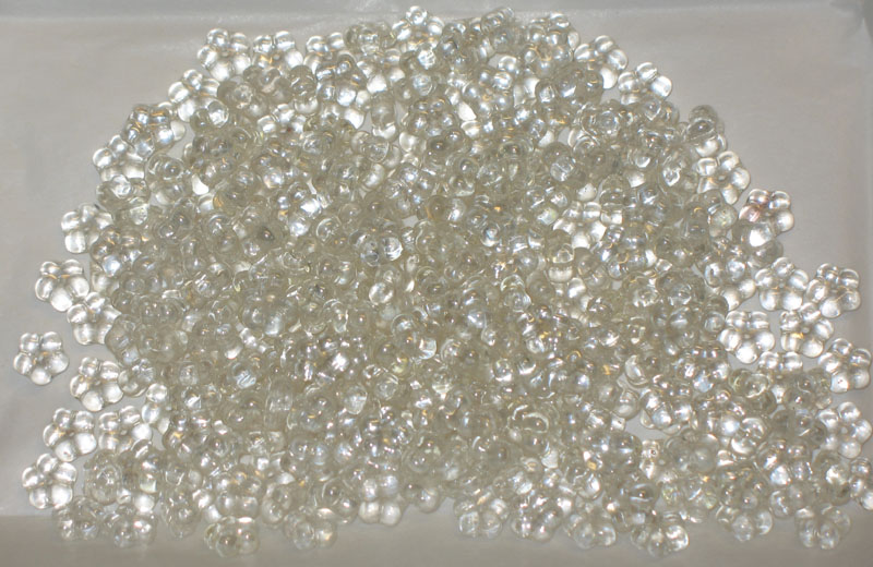 Daisy Lochrosen - Crystal Lustered 7mm - bag of 50