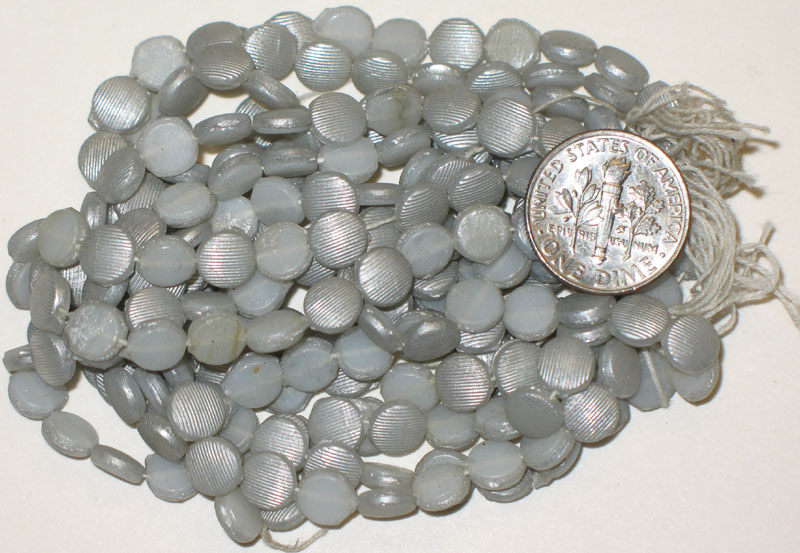 Vintage Grey Textured Nailheads 6.5mm, Round